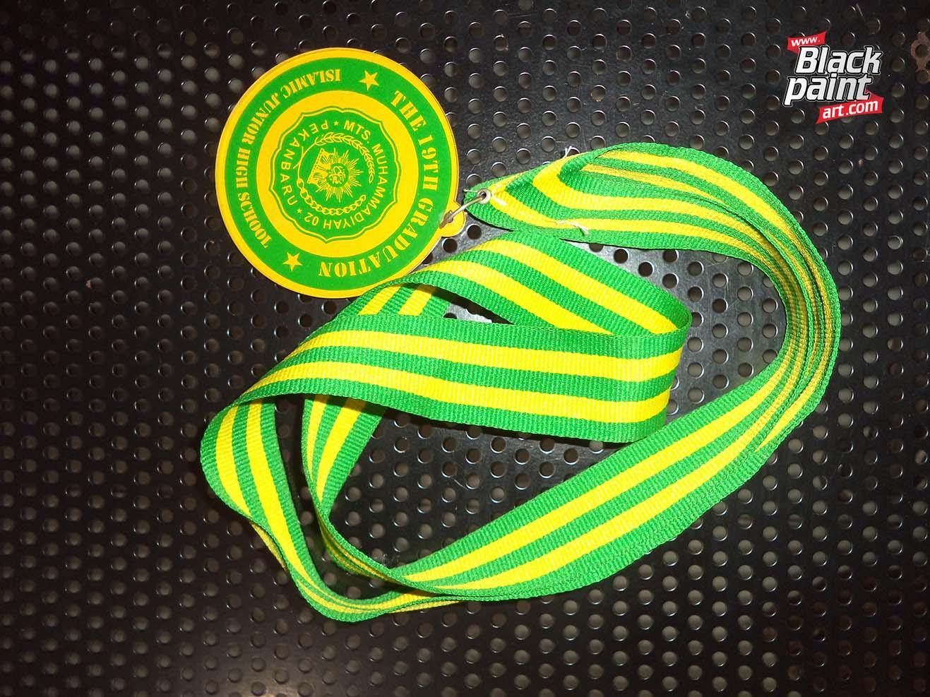 Apakah anda sedang mencari tempat cetak medali MURAH di Pekanbaru?